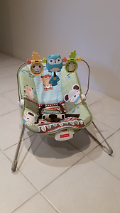 Baby bouncer with vibration -Fisher Price Rockingham Rockingham Area Preview