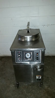 Bki Alf-f48 Electric Auto Lift Chicken Fryer Filtration Deep Fat Tested 208 Volt