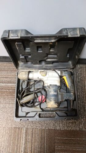 CHICAGO ELECTRIC HEAVY DUTY ROTARY HAMMER DRILL