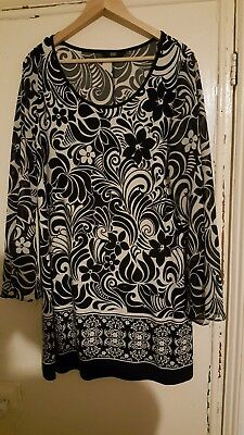F&F Ladies Black And White Party Top Size 20