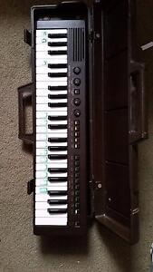 battery powered keyboard piano keyboards pianos gumtree australia free local classifieds. Black Bedroom Furniture Sets. Home Design Ideas