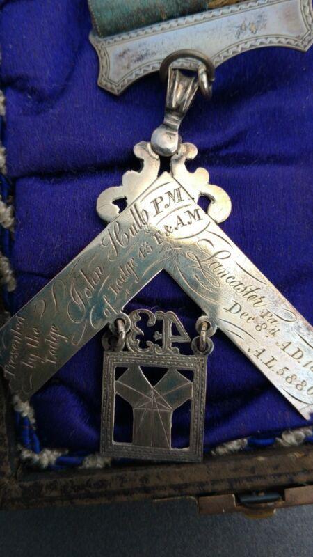 1880 silver Antique Masonic Lodge 43 Jewel Badge past master cased
