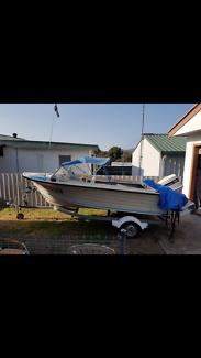 Cruise craft 4.5 metre fiberglass boat