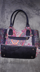 Ladies handbag Cygnet Huon Valley Preview