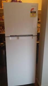Samsung refrigerator Mernda Whittlesea Area Preview
