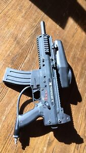 Tippmann X7 - Like new!