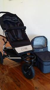 Mountain Buggy Swift with bassinet - Great condition Baulkham Hills The Hills District Preview
