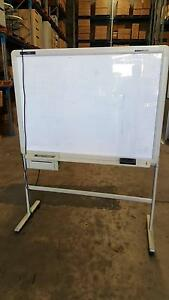 ELECTRONIC WHITEBOARD home office conference meeting planning Murarrie Brisbane South East Preview