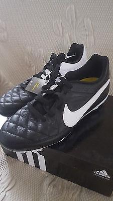 Nike Tiempo Genio Leather Kinder Fussballschuhe Gr. 35,5  NEU Günstig ()