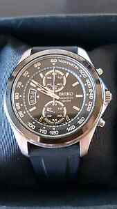 *As New* Seiko Men's Chronograph Watch 7T94 Coomera Gold Coast North Preview