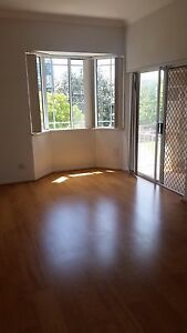 LGE MASTER BDRM WITH ENSUITE & BALCONY. DBL LOCK UP GARAGE!!! Rose Bay Eastern Suburbs Preview