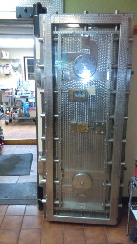 Bank Vault Safe Door York and Safe Early 1900