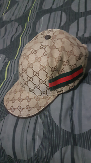 Gucci Hat excellent condition.