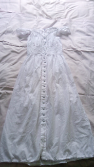 Gorgeous white dress Size 10