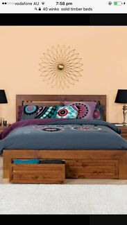 queen size bed fram