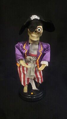 Rare Vintage Halloween Gemmy Skeleton Pirate Talks Animatronic Decoration](Halloween Pirate Talk)