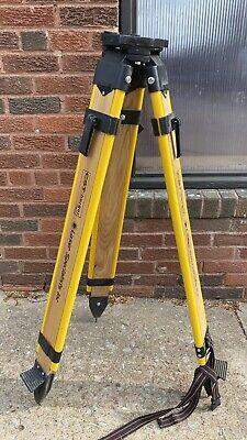 Cst Berger Stanley Laser Specialist Woo Wooden Surveyingsurvey Tripod