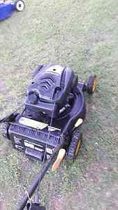 For sale McCulloch lawn mower in VGC starts ezy Glamorgan Vale Ipswich City Preview