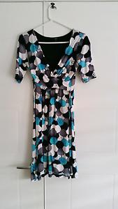 Beautiful maternity dress size 8 $10 Karalee Ipswich City Preview