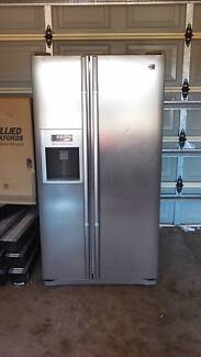 LG 691 ltr side by side fridge freezer Rockingham Rockingham Area Preview