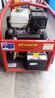 Spit water pressure washer  Cranbourne East Casey Area Preview