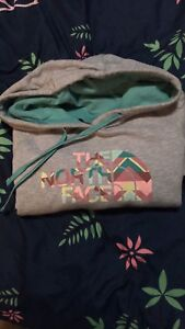Northern face sweater