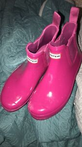 Chelsea hunters pink size 8