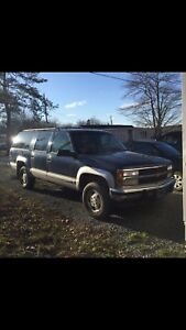 trade for boat.    1993 Chevy Suburban 4x4