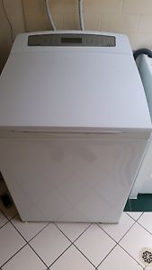 Fisher & Paykel Washing machine for sale $275 Ashmore Gold Coast City Preview