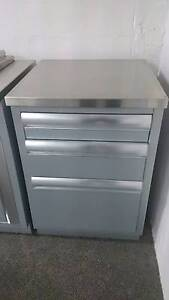 Ex Display Beefeater 3 Drawer Module w Stainless Steel Top Brookvale Manly Area Preview