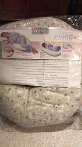 Leachco Snoogle Original Total Body Pillow
