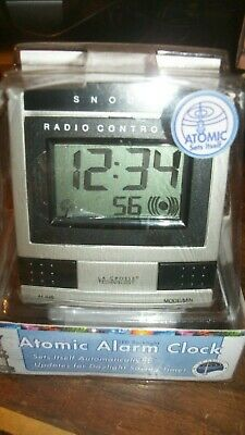 La Crosse Technology Atomic Alarm Clock with Snooze WT-2171 Radio Controlled New