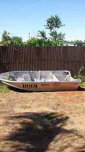 Stacer boat tinnie outboard quintrex Parkes Parkes Area Preview