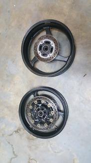 03-06 Honda CBR600RR  wheels with rotors