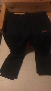 Brand new Roxy snow pants