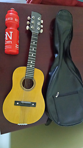 Half sized guitar Waratah West Newcastle Area Preview