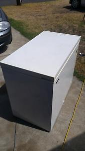 Chest freezer hisense