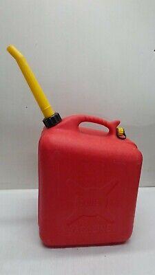 Vintage Scepter 5 Gallon Plastic Gas Can Vented Pre-ban Wvent Spout