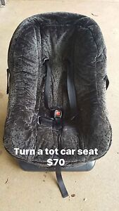 Car seat Durack Palmerston Area Preview