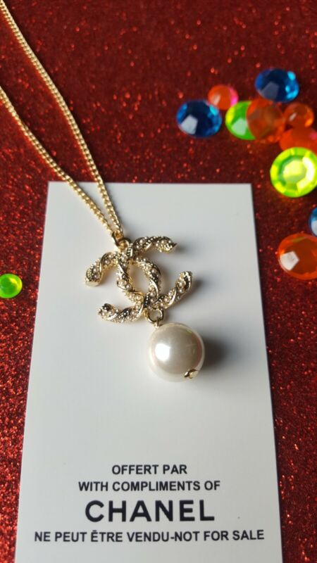 Chanel Beaute VIP Necklace