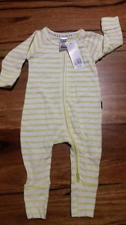 BNWT Bonds zippy wondersuit Canning Vale Canning Area Preview