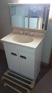 GIVEAWAY SHOWER SCREEN, VANITY,SHAVING CABINET & TOWEL RAILS Blackmans Bay Kingborough Area Preview