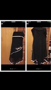 Party Cocktail Dress-Le Chateau-Full Zipper Top Never Used •