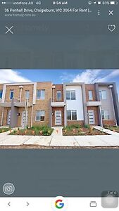 2 Bed Room Town House.Lease Transfer Craigieburn Hume Area Preview