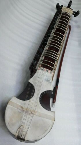 esraj/israj vintage around 45 yrs. old, amazing very good sound, horse hair bow