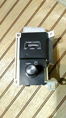 CADILLAC DEVILLE/FLEETWOOD HEADLIGHT SWITCH OEM 1987-1993