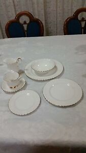 Royal Albert Valdor Dinner & Tea  Set  6 persons white Fairfield Heights Fairfield Area Preview