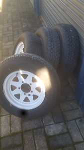 """BRIDGESTONE  15 """" TYRES  X4 ON SUNRAYSERS $200 lot ph  Travellers Rest Meander Valley Preview"""