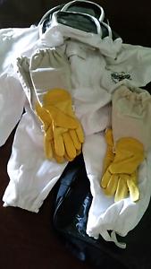Beekeeping Equipment - Children's Swordfencer Suites and Gloves Brisbane City Brisbane North West Preview