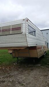 1978 32 foot Prowler 5th wheel